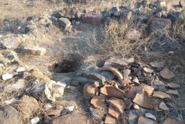 Գանձագողերը վնասել են «Ամրոցի համալիր Ախթամիր» հուշարձանի մշակութային շերտը, տեղաշարժել գերեզմանաքարերը