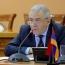 Armenian, Russian defense chiefs talk military cooperation