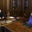 Կաթողիկոսն ու ԱՄՆ դեսպանը քննարկել են գերիների հարցն ու Արցախի սրբավայրերի պղծումը