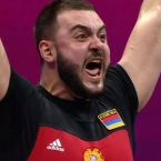 Armenian lifters snatch gold, silver at European Championships