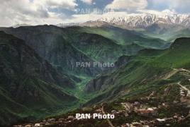 Около 30 азербайджанцев вторглись на территорию армянского села Хознавар в Сюнике