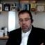 Աճեմօղլուն քննադատել է Թուրքիայի ղեկավարությանն ազգայնականության և պոպուլիզմի համար