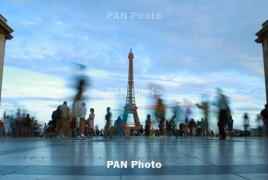 Travel to France resumes for vaccinated Armenians
