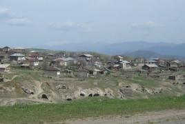 Азербайджанские военнослужащие угрожали оружием жителям села Тег на территории Армении