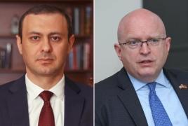 Reeker stresses need for de-escalation on Armenian-Azerbaijani border