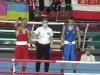 Юный армянский боксер двумя нокдаунами победил соперника из Турции на ЧЕ