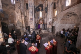 В армянском храме на острове Ахтамар прошла литургия