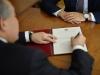 В Армении обсуждают проект оказания медпомощи семьям президента, премьера и спикера НС из госбюджета
