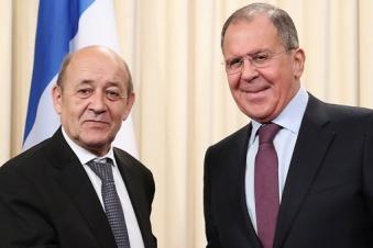 Главы МИД РФ и Франции выразили обоюдный настрой на работу по стабилизации обстановки в Карабахе