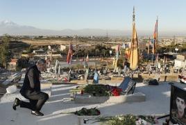 Пашинян почтил память погибших в войне в Карабахе