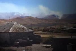 Azerbaijan deliberately starts fires in Armenian pastures, fields