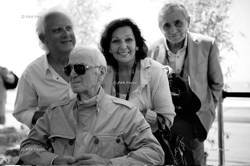 Charles Aznavour, Rozi Armen, Marten Yorgantz, Aram Satyan