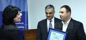 VTB Bank Armenia awards its 100000-th cardholder