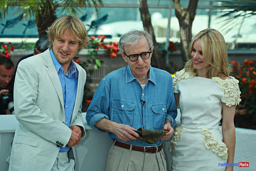 Owen Wilson and Rachel Mc Adams with director Woody Allen (middle)