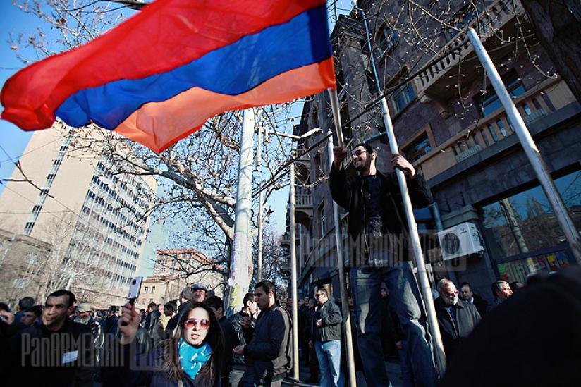 Ընդդիմության բողոքի ցույցերը Երևանում