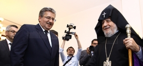 Polish President Bronislaw Komorowski visits Mother See of Holy Echmiadzin