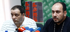 Press conference of priest Ter Shmavon Ghevondyan and Alexander Amaryan, the head of the center for aid and rehabilitation to the victims of destructive cults