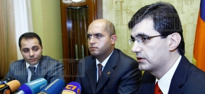 Joint press conference of VivaCell-MTS General Director Ralph Yirikyan, RA Minister of Education and Science Armen Ashotyan and Dasaran.am project head Suren Aloyan