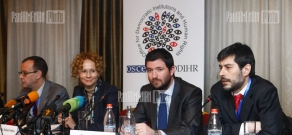 Head of the OSCE/ODIHR Election Observation Mission Radmila Sekerinska and OSCE/ODIHR delegation representatives present the mission's mandate