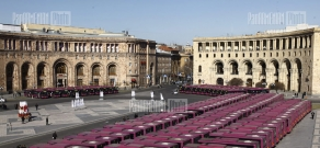 Presentation of new vehicles provided to Yerevan Municipality by China and HayPost's new vehicles