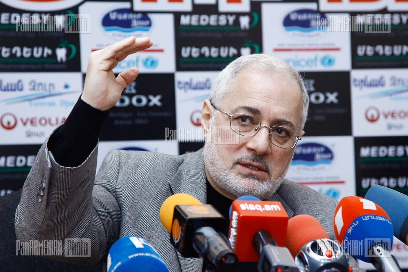 Press conference of ARF Dashnaktsutyun fraction head Vahan Hovhannisyan