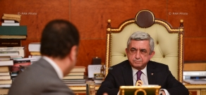 Armenian Minister of Defense Vigen Sargsyan presented a report to RA President Serzh Sargsyan