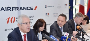 Press conference dedicated to 10th anniversary of Paris-Yerevan-Paris flight of Air France