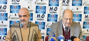 Press conference by Armenia's Writers Union chairman Edward Militonyan and  Puppet Theater director Ruben Babayan
