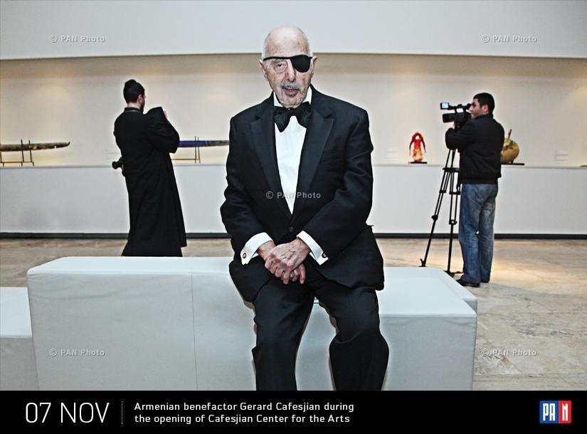 Ամերիկահայ բարերար Ջերարդ Գաֆէսճեանը՝ Գաֆէսճեան արվեստի կենտրոնի բացման ժամանակ