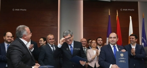 Armenian opposition parties -Bright Armenia, Republic and Civil Contract sign a memorandum of cooperation