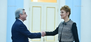 Ambassador of Bulgaria to Armenia Maria Pavlova Tsosorkova-Kaymaktchieva presented his credentials to Armenian president Serzh Sargsyan