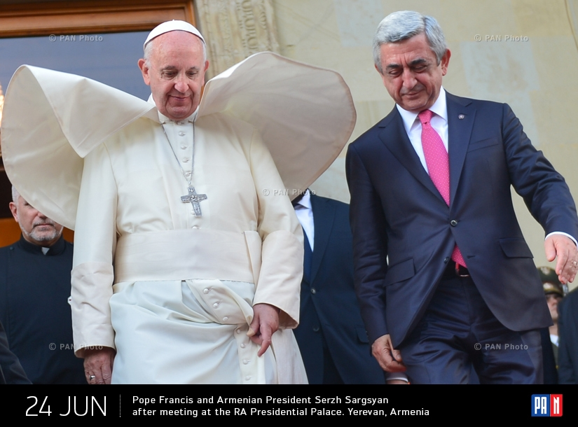 Pope Francis and Armenian President Serzh Sargsyan after meeting at the RA Presidential Palace. Yerevan, Armenia
