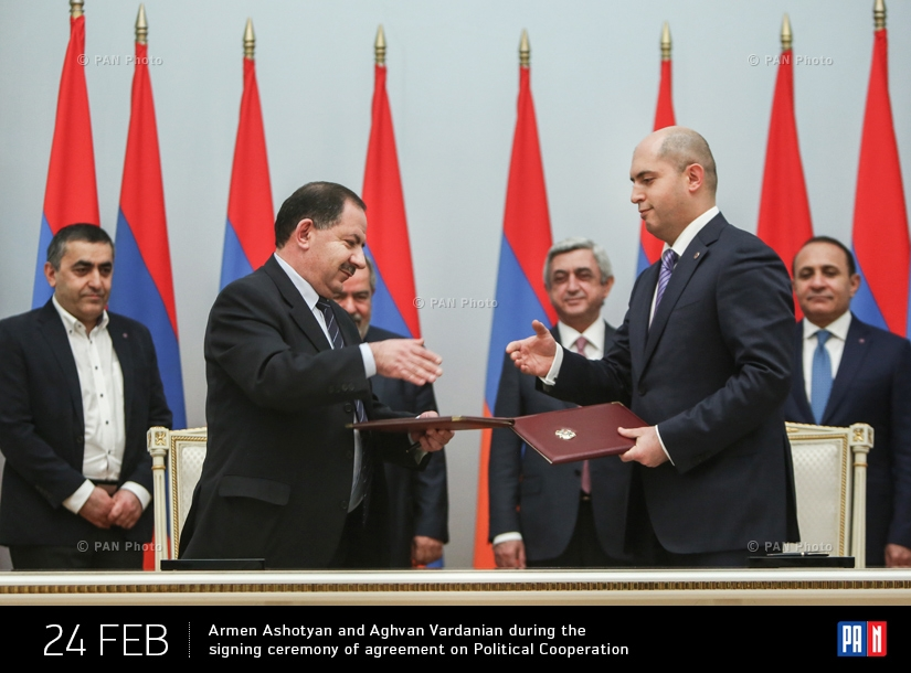 Vice-Chair of the ARP Armen Ashotyan and the representative of the Supreme Body of the ARF Aghvan Vardanian during the signing ceremony of agreement on Political Cooperation