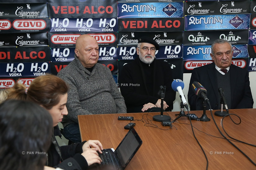 Press conference by director Hrant Vardanyan, musician Vahan Artsruni and literary critic Davit Gasparyan