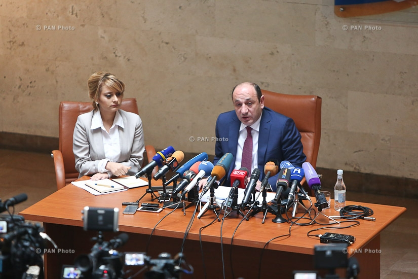Year-end press confernce by Minister of international economic integration and reform Suren Karayan