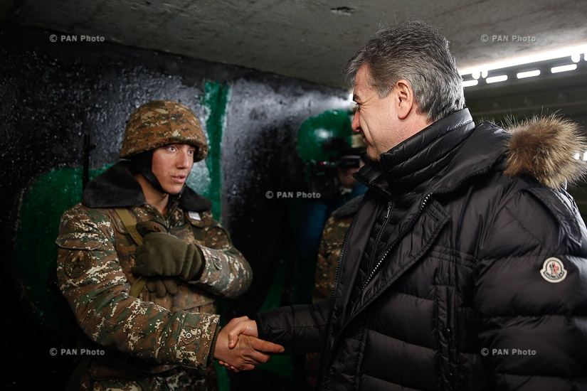 On the occasion of New Year and Christmas holidays, PM Karen Karapetyan visited a military stronghold located in Army Unit N of the Ministry of Defense