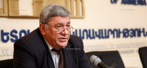 Press conference of Samvel Harutyunyan, chairman of Armenian Education Ministry's State Committee of Science