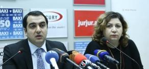 Пресс-конференция заместителя министра энергетики и природных ресурсов Армении Айка Арутюняна и  директора Фонда репродуктивной энергетики и энергосбережения Тамары Бабаян