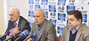 Пресс-конференция главы Союза архитекторов Армении Мкртича Минасяна, ответственного секретаря Бориса Кочаряна и члена правления Сашура Калашяна