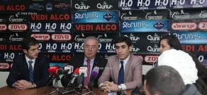 Press conference of RPA deputy Mkrtich Minasyan, 'Armenian Renaissance' party secretary Edgar Arakelyan and 'Free Democrats' Party board member Narek Ayvazyan