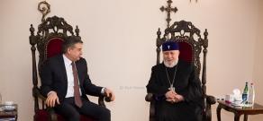 Catholicos of All Armenians Karekin II receives Armenian PM Karen Karapetyan