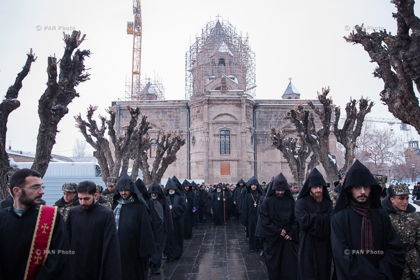 Tiarn'ndaraj (Trndez) celebrations in Etchmiadzin