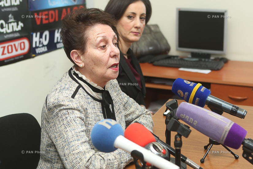 Press conference of Anahit Bakhshyan from Free Democrats Party and politican Azat Arshakyan