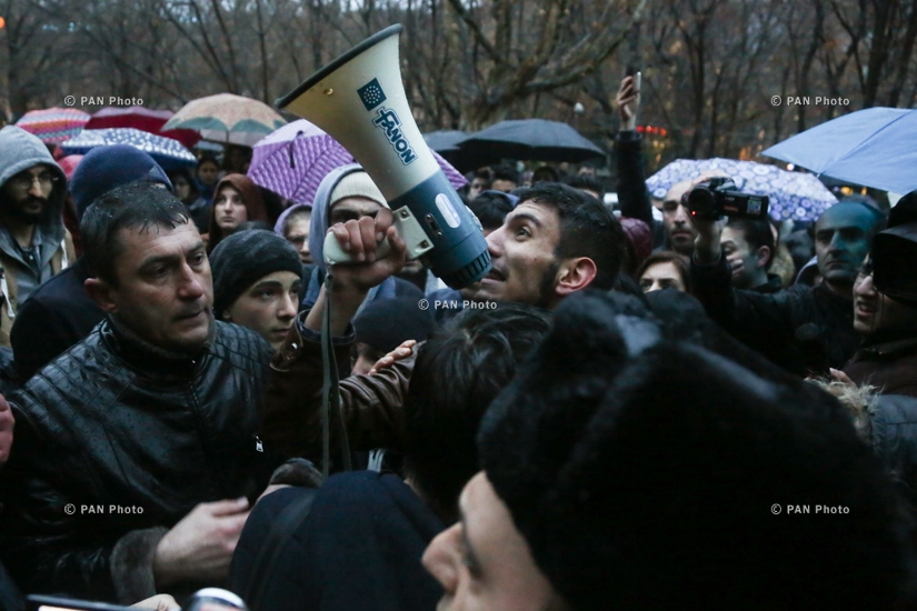 Protest march in memory of Artur Sargsyan who supplied food to the members of 'Sasna Tsrer' group