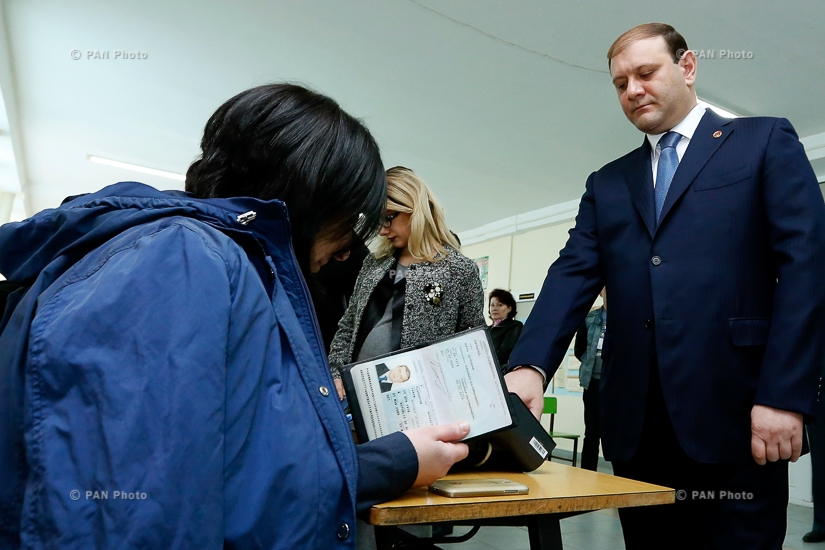 Yerevan Mayor Taron Margaryan cast a ballot