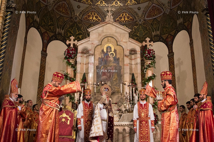 Easter mass at Mother See of Holy Etchmiadzin