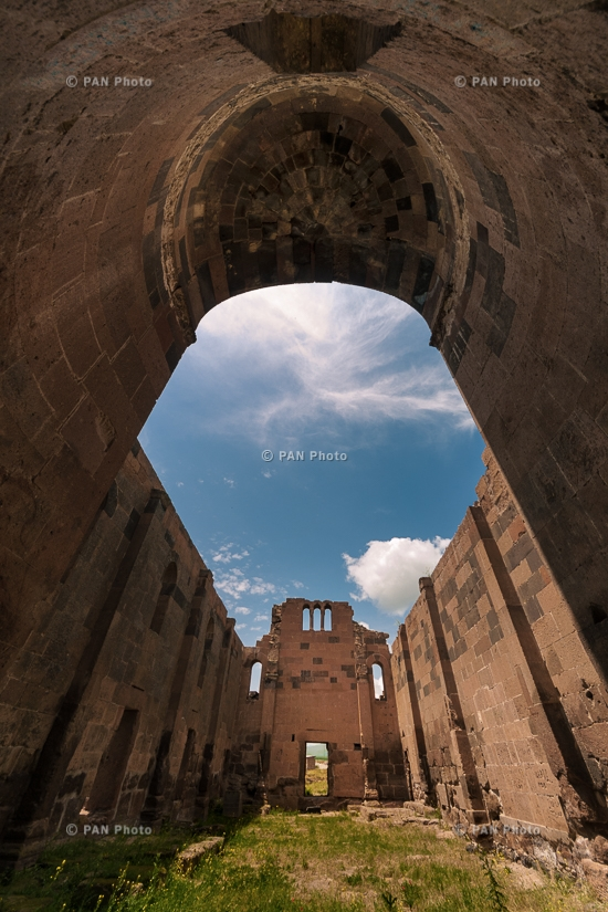 Ереруйкская базилика (Село Анипемза, Ширакская область, Армения)