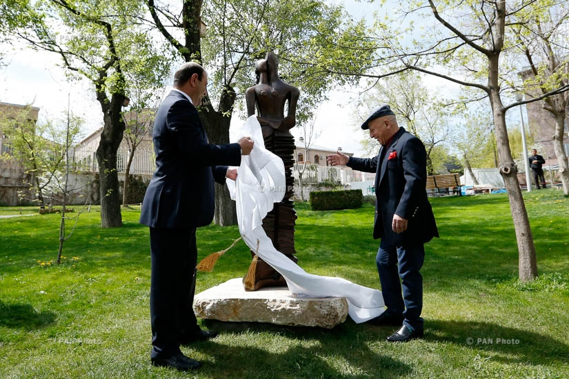 """Unity of Love"" sculpture unveiled in Lovers Park"
