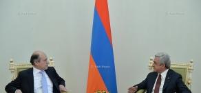 Newly appointed Ambassador of Peru  Luis Benjamin Chimoy Arteaga presented his credentials to Armenian President Serzh Sargsyan