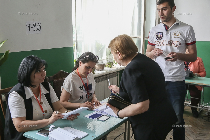 Elections to the Yerevan City Council: Voting at polling stations